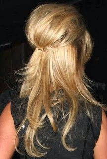 Hair Inspiration: 52 Ways to Work That Updo http://www.alwaysdolledup.com/2013/10/hair-inspiration-53-ways-to-work-that.html
