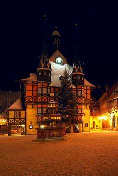 Rathaus Wernigerode by eriwst, via Flickr