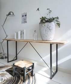 Sidetable 'Staal & stijl'
