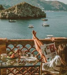 fernweh wanderlust A Californian Home Decorated in Elegant Neutrals :: This Is Glamorous European Summer, Italian Summer, Places To Travel, Places To Go, Travel Destinations, Images Esthétiques, Northern Italy, Foto Pose, Travel Aesthetic