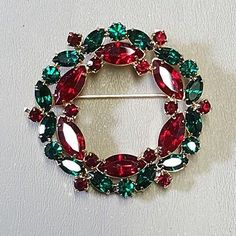 Vintage Signed Eisenberg Ice Christmas wreath pin brooch - Green / Red
