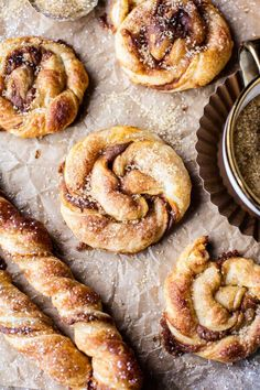Easy Twisted Pumpkin Spice Danish - Equally perfect for entertaining or as a quick snack, festive, delish, and ready in 30 mins! Pastry Recipes, Baking Recipes, Pumpkin Recipes, Fall Recipes, Coffee Recipes, Dessert Crepes, Half Baked Harvest, Quick Snacks, Macaron