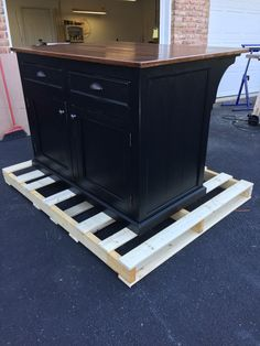 Kitchen Island with 12 overhang by WorthysRunFurniture on Etsy