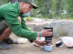 The Gear Guy shares advice to help you pick the best camping stove. Camping With Kids, Camping Gear, Camping Stuff, Stove Board, Best Camping Stove, Camping In North Carolina, New Stove, Cold Meals