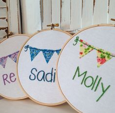 28 Ideas Embroidery Hoop Nursery Buntings For 2019 Embroidery Hoop Nursery, Embroidery Hoop Crafts, Embroidery Applique, Cross Stitch Embroidery, Embroidery Ideas, Machine Embroidery, Fabric Bunting, Diy Bunting, Baby Dekor