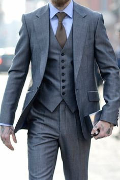 Men's Style: A Quick Guide to Suit Sizing