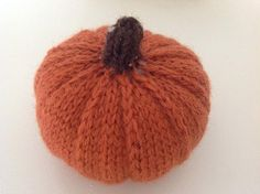 Thanksgiving knitting patterns: Fall Pumpkin by Suzanne Wadsworth, download on LoveKnitting
