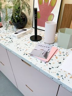 Terrazzo, Bathroom Inspiration, Interior Inspiration, Interior Design Kitchen, Kitchen Decor, Bathroom Tile Installation, Bathroom Tile Designs, Room Tour, Küchen Design