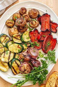 The perfect juicy and tender grilled vegetables recipe, perfect for grilling season. Fresh vegetables in the best marinade, a great side dish. Grilled Vegetable Marinade, Best Grilled Vegetables, Grilled Vegetable Recipes, Grilling Recipes, Cooking Recipes, Healthy Recipes, Fresh Vegetables, Grilling Ideas, Yummy Recipes