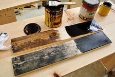 testing various stain finishes on scrap wood pieces to see which create the best old reclaimed look Weathered Wood, Barn Wood, Distressed Wood, Pallet Wood, Rustic Wood, Diy Wood Projects, Furniture Projects, Wood Crafts, Rustic Furniture