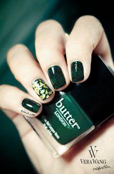 CHIC NAILS l emerald l nails http://www.bloom.com/trends/?content=124788#_a5y_p=1035256