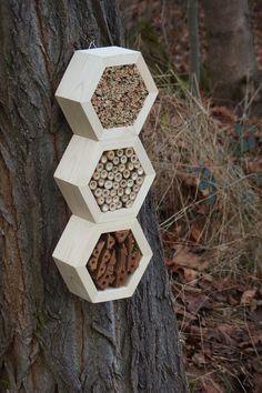 Hôtel de l'abeille Superiorhotel Woody par DILNAHAMMER sur Etsy