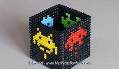 space invaders perle hama pour pot a crayons
