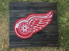 MADE TO ORDER Detroit Red Wings String Art Board by KailsStringArt