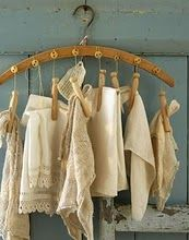 New Ideas Clothes Hanger Crafts Display Hanger Crafts, Textiles, Clothes Hanger, Hangers, Hanger Hooks, Coat Hanger, Linens And Lace, Trendy Clothes For Women, Wardrobe Rack
