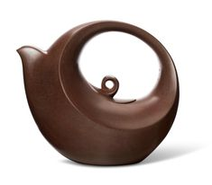 Contemporary Clay: Yixing Pottery from the Irving Collection Clay Teapots, Pottery Teapots, Teapots And Cups, Ceramic Pottery, Teapot Cover, Yixing Teapot, Perfect Cup Of Tea, Cool Kitchen Gadgets, Brewing Tea