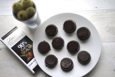 Healthy Easy Home-made Chocolate Peanut Butter Cups Recipe!