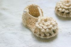 Crochet Pattern PDF for Simply Summer Sandals by TwoGirlsPatterns