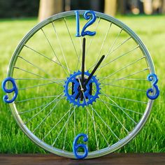 Bicycle Rim Clock: The Perfect Gift for a Biking Enthusiast | eHow Crafts | eHow