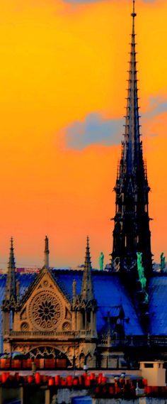 """500px / Foto """"Notre Dame pináculos"""" por Eddy Younan  Paris"""