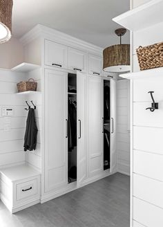MUDROOM IDEAS – The mudroom is a very crucial part of your house. Mudroom allows you to keep your entire home clean and tidy. Mud room or you can call it an entryway is an ideal place where y… Mudroom Cabinets, Mudroom Laundry Room, Mud Room Lockers, Bench Mudroom, Storage Cabinets, Entry Closet, Room Closet, Home Design, Interior Design