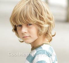 Ty Simpkins Blonde Shaggy Hairstyle | Cool Men's Hair