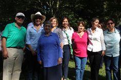 Néstor Trujillo, la Ministra Cecilia Álvarez, Lucía Chávez, Alma Beatriz Rocha, la Viceministra Sandra Howard Taylor, Myriam Rocha y Gloria Elvira Vásquez.