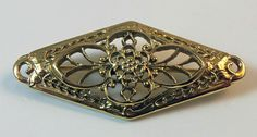 VINTAGE Ornate GOLD TONE Open Work FILIGREE FLOWER Textured BAROQUE Pin BROOCH
