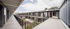 dataAE+H ARQUITECTES - Modulární bydlení pro studenty - celkový pohled - © Adrià Goula Sardá
