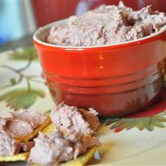 Easy Liver Pate.    1 pound braunschweiger liver sausage.    1 tablespoon milk.    1 tablespoon finely chopped onion.    1/2 (8 ounce) package cream cheese, softened.    1/2 teaspoon sugar.    1/2 teaspoon minced garlic.    1 teaspoon chili powder.    1 tablespoon Worcestershire sauce.