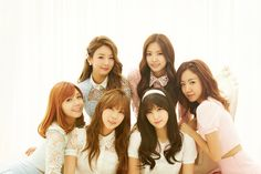 清楚なイメージで人気を誇る韓国の6人組ガール・グループ、Apinkが満を持して日本デビュー!