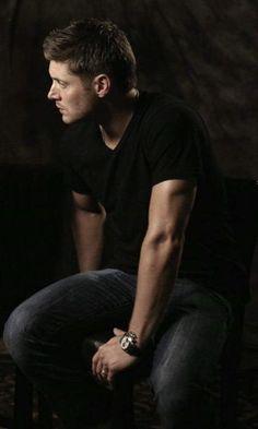 Addicted to Dean Winchester Castiel, Jensen Ackles Supernatural, Jensen Ackles Jared Padalecki, Jared And Jensen, Supernatural Fandom, Jensen Ackels, Supernatural Jewelry, Dean Winchester, Winchester Brothers