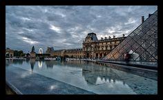 Pyramide du Louvre - By Galdric P.