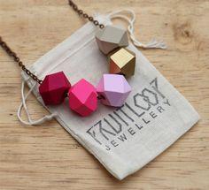Flamingo collar Geo Pop por fruitloopjewellery en Etsy