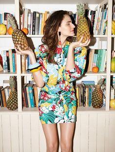 Fernanda Tavares veste frutas, bichos e plantas: tendência da próxima estação