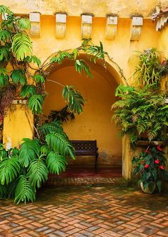 Jardin Val Rahmeh, Menton, France-my house has some french influence as some my ancestors are from France,but it has true Spanish and Mexican influences as well.and if you look you will a bit of the South West as well. Spanish Style Homes, Spanish Revival, Spanish House, Spanish Colonial, Mexican Hacienda, Hacienda Style, Mexican Style, Outdoor Rooms, Outdoor Living