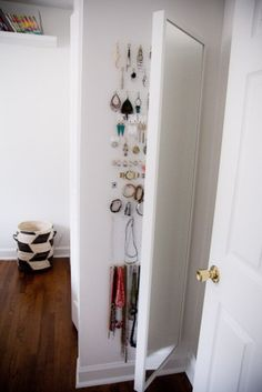 a hinged full length mirror from ikea hides jewelry storage -- brilliant! Stave Mirror on hinges from Ikea Hidden Jewelry Storage, Hidden Storage, Jewellery Storage, Jewelry Box, Diy Jewelry, Jewelry Cabinet, Jewelry Rack, Small Storage, Jewelry Making