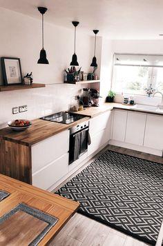 35 Beautiful Kitchen Colors Ideas To Make Extraordinary Look - küche ideen - Home Decor Home Decor Kitchen, Interior Design Kitchen, Kitchen Furniture, Home Kitchens, Interior Decorating, Kitchen Ideas, Modern Kitchens, Cozy Furniture, Furniture Cleaning