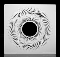 pixelated-halftone-circular-crest
