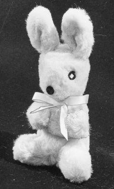 Begging Bunny | Mary Meyer Vintage