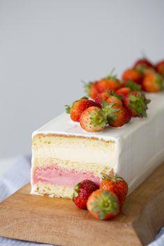 Bolo Mousse de chocolate branco com sorvete | Vídeos e Receitas de Sobremesas