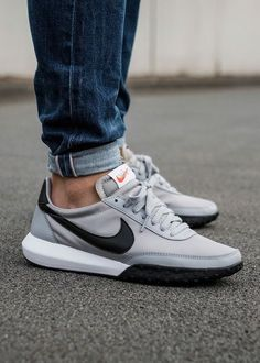 newest 07bdf 63fe6 Nike Roshe Waffle Grey Sportschuhe, Herren Mode, Männer Turnschuhe,  Sneaker Herren,