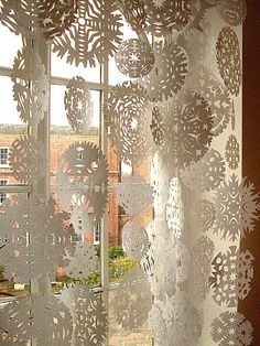 Gorgeous for all winter long!  Might have to fill my front window......