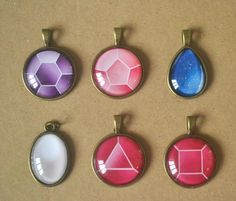 Steven Universe: Crystal Gem necklaces