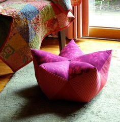 // Sew a Starfruit Footstool - DIY walkthrough with pictures. Possible meditation pillow.