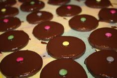 Čajové pečivo (fotorecept) - obrázok 13 Desserts, Food, Basket, Tailgate Desserts, Deserts, Essen, Postres, Meals, Dessert