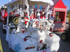 Hundreds turn out for decorated golf cart parade | The ...