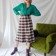 VIN-SKI-0110 Vintage φούστα μίντι καρό σε ίσια γραμμή εκρού - μπορντό με πιέτες Waist Skirt, High Waisted Skirt, Vintage Skirt, Skirts, Style, Fashion, Swag, Moda, Skirt