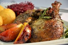 Pin on drób Polish Easter, Mary Berry, Tasty, Yummy Food, Poultry, Baked Potato, Berries, Pork, Turkey
