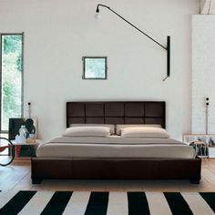 Chanel Ottoman Storage Gas Lift Bed £165 White